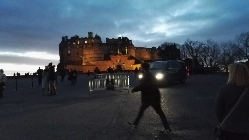 Edinburgh Castle am Abend